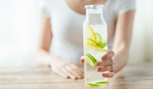 11 Delicious Detox Water Recipes (Infographic)